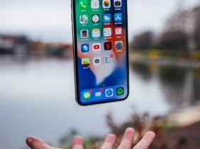 10 iPhones for Worldwide Use!